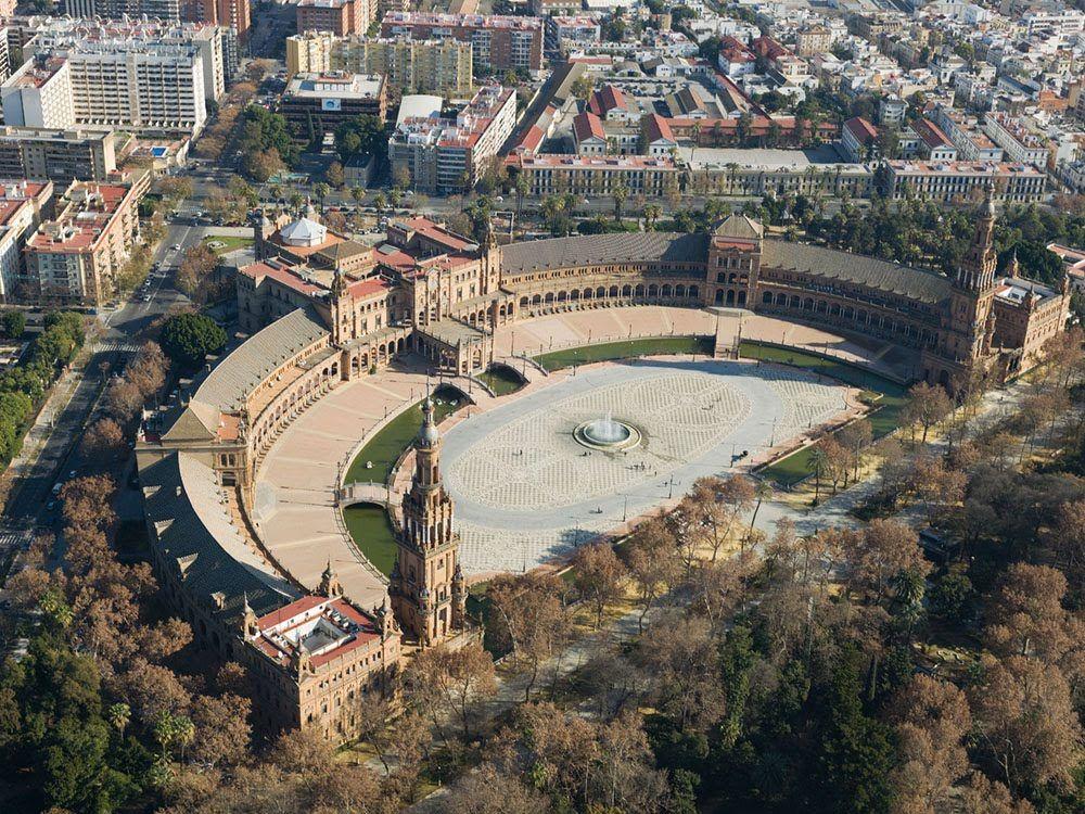 España a vista de pájaro -Plaza de España de Sevilla. Spain: A bird's eye view - SkyscraperCity