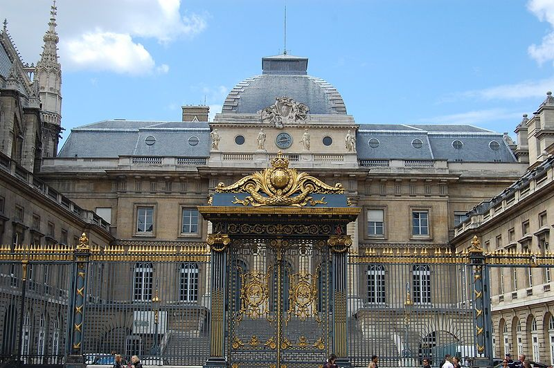 Palais De Justice Paris Wikipedia The Free Encyclopedia Paris Most Beautiful Cities Adventure Is Out There