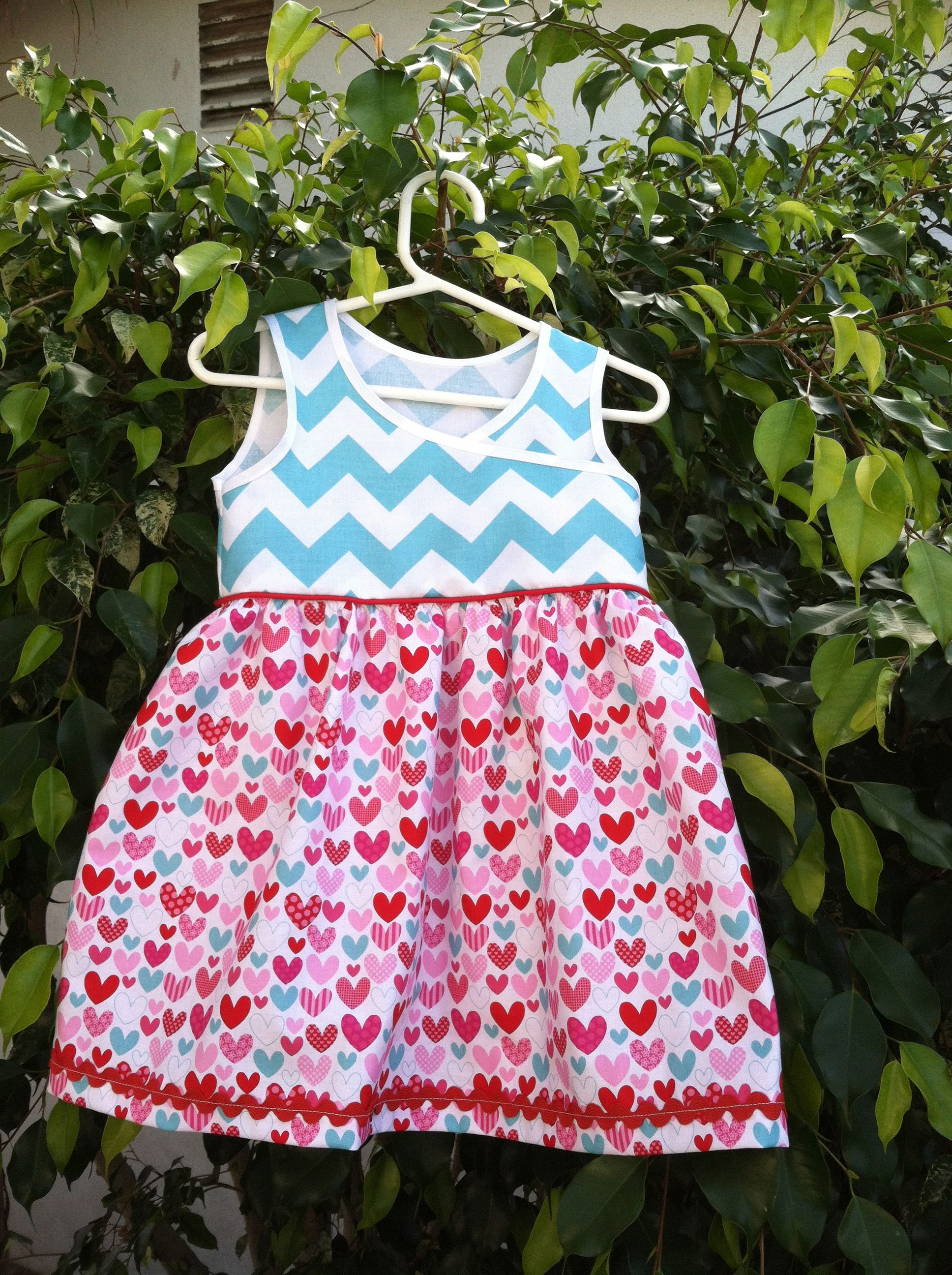 """Heart Chevron dress with piping  Size 2 T 18 1/2 """" in length   FOR SALE"""