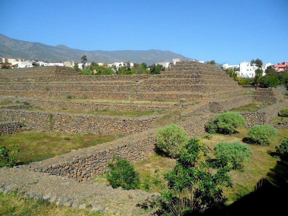 Pyramides de Guimar Un autre regard sur l\u0027île de Tenerife Pinterest