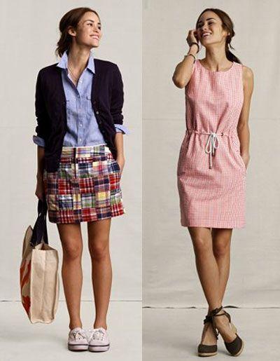 skirt, blazer and tennies.