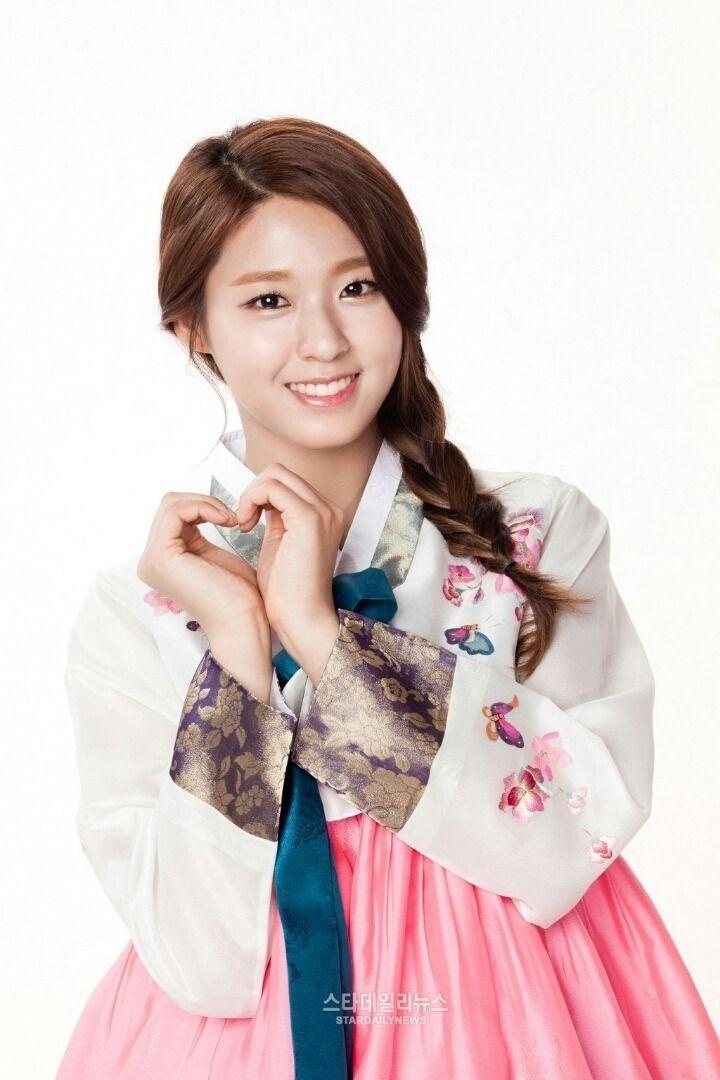 Seolhyun Hanbok