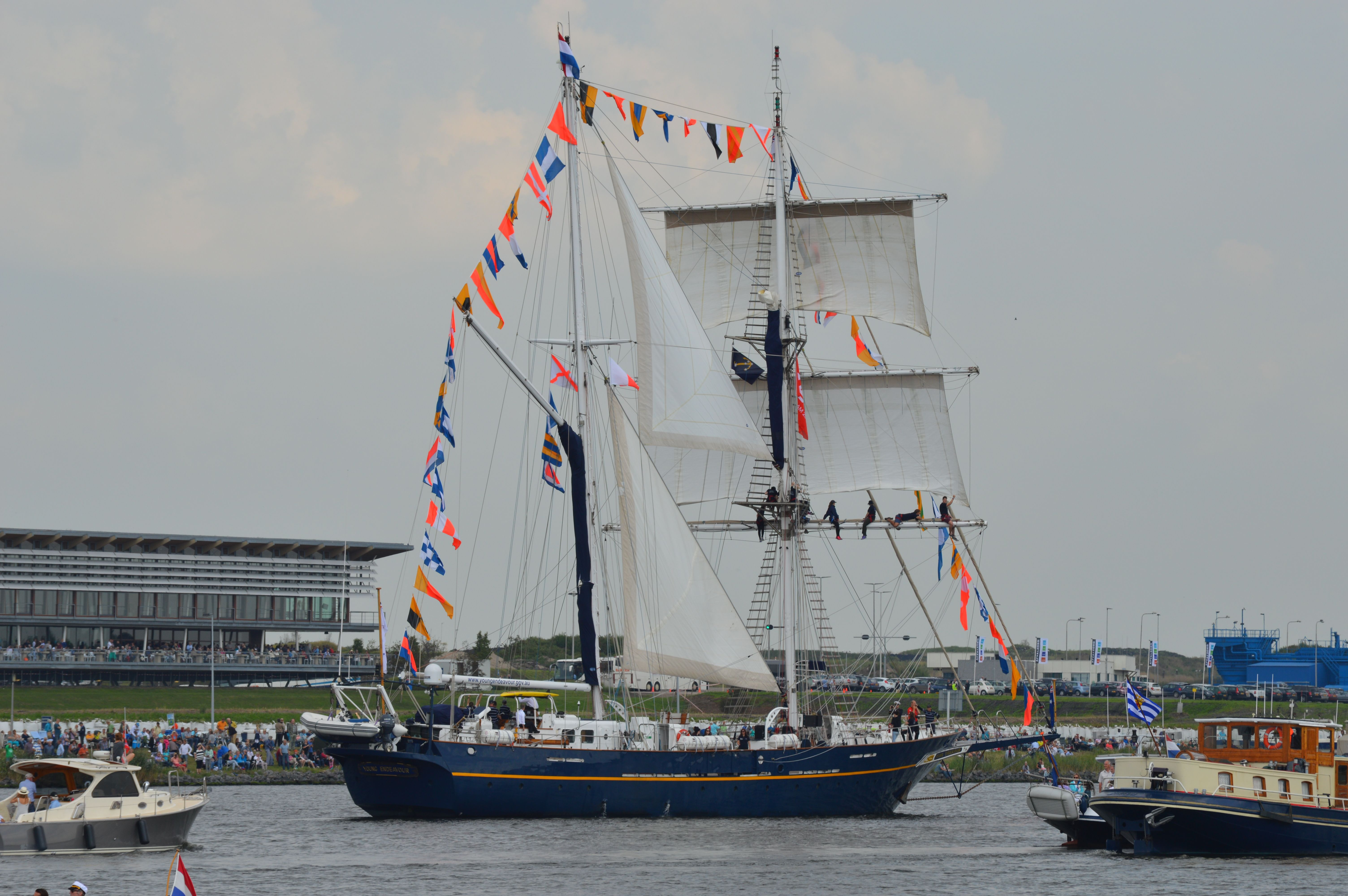 Intocht #SailAmsterdam2015 The  Young Endeavour, Australia