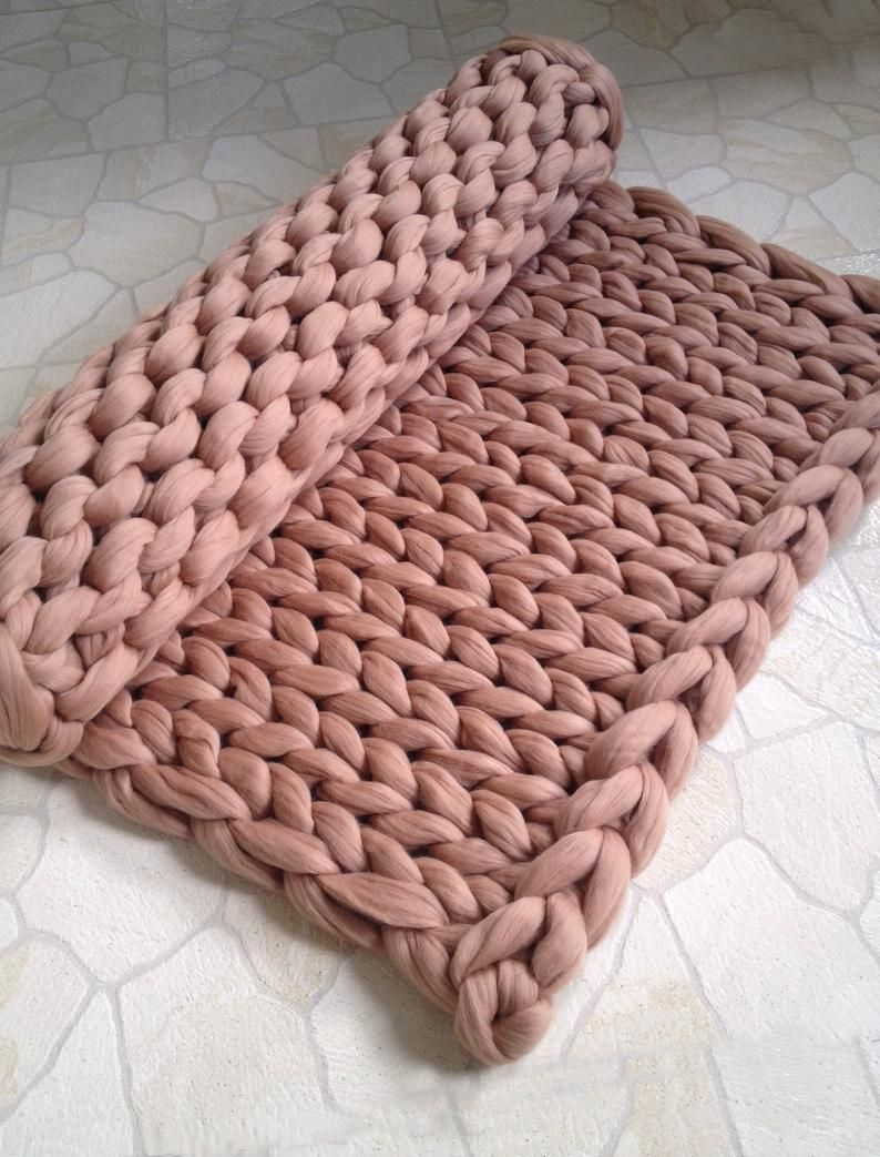 Photo of Chunky knit blanket. Merino wool yarn blanket. Knit blanket. Chunky knit throw. Merino yarn blanket.