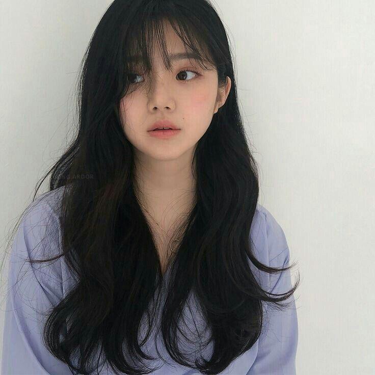 #ulzzang | Curly hair with bangs, Aesthetic hair, Korean long hair