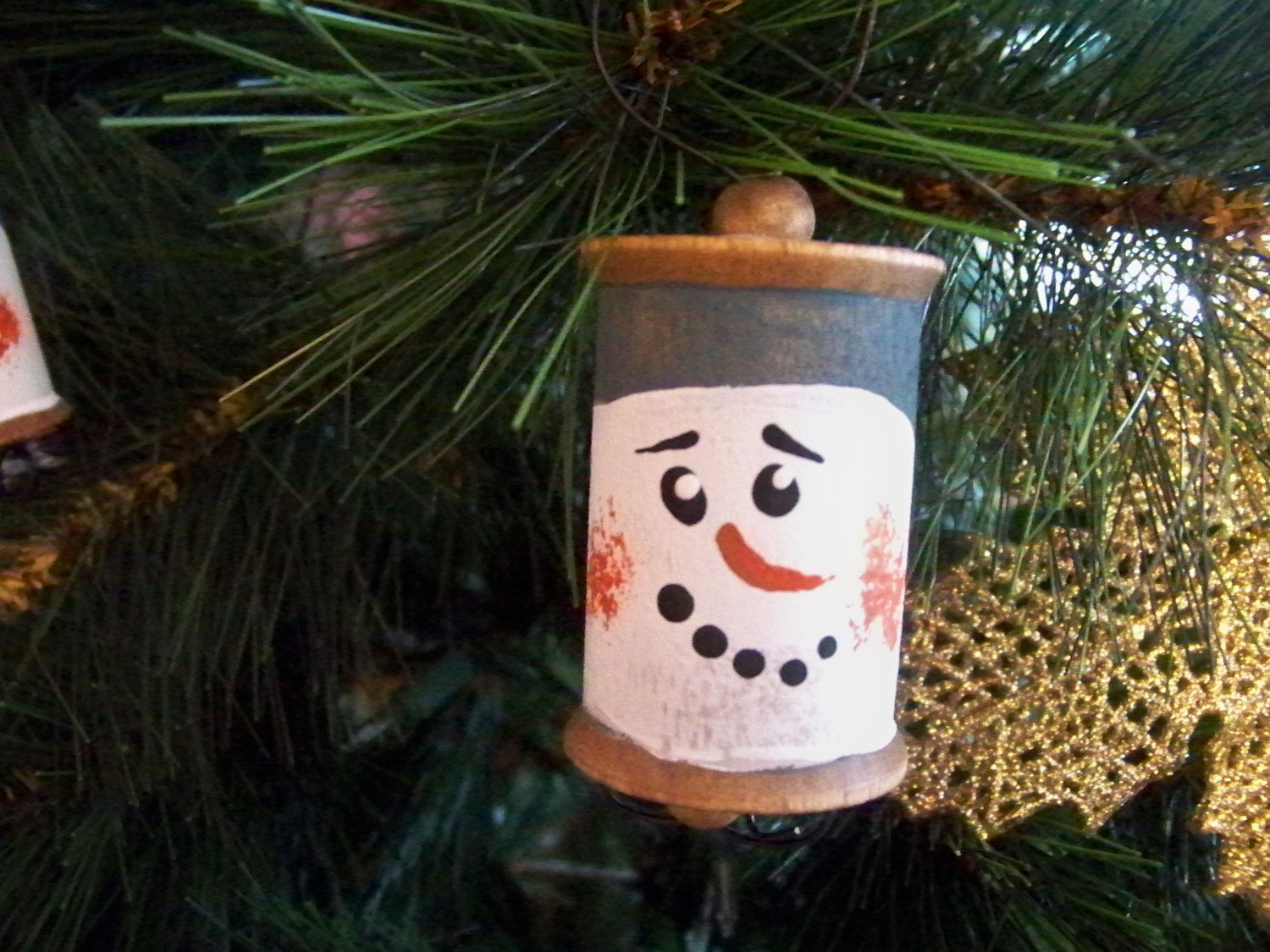Chunky Wood Spool Snowman Etsy Wood Spool Christmas Crafts Snowman Faces