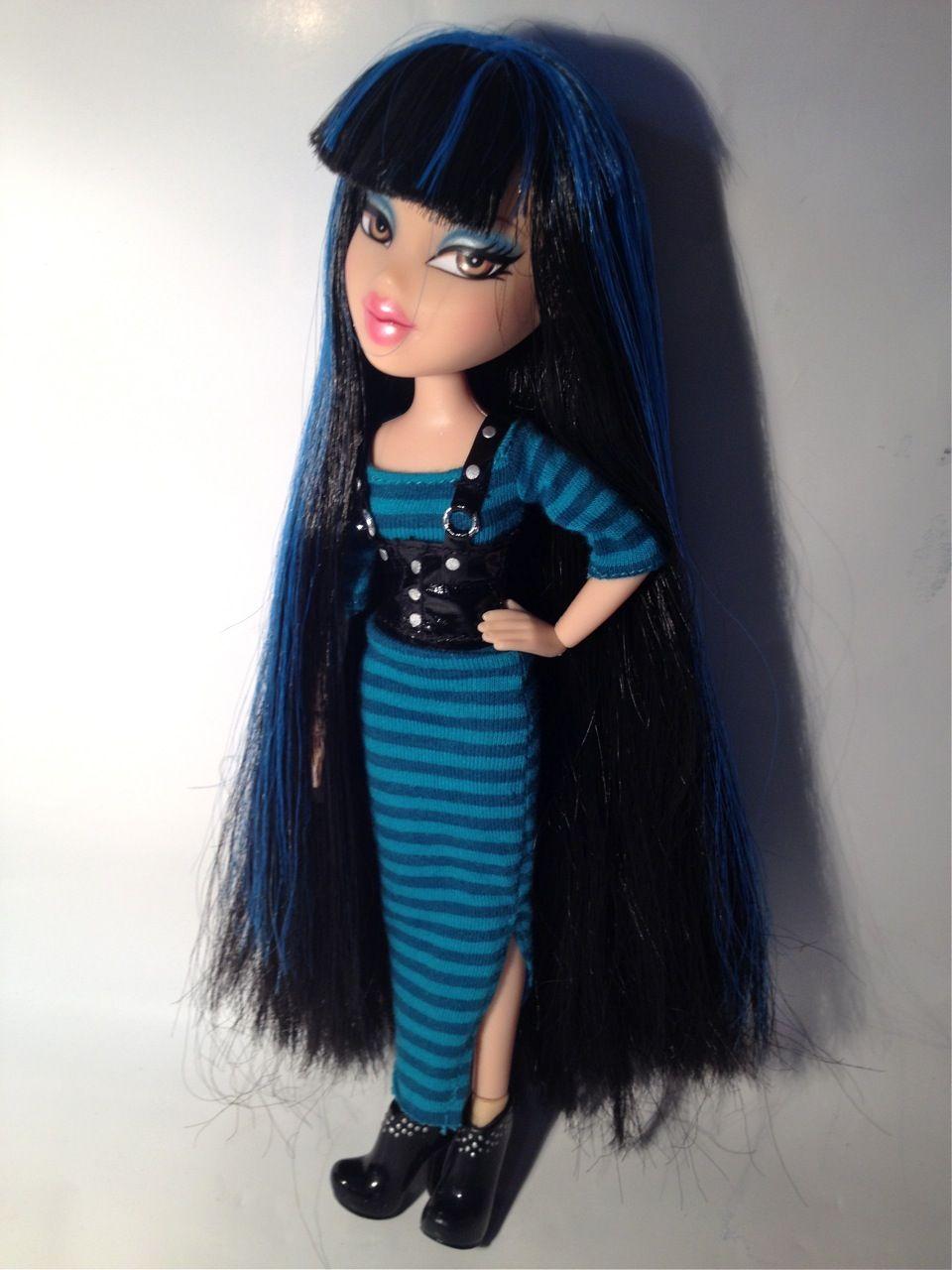 Featherageous Jade Not Actually Articulated Bratz Doll Beauty Dolls