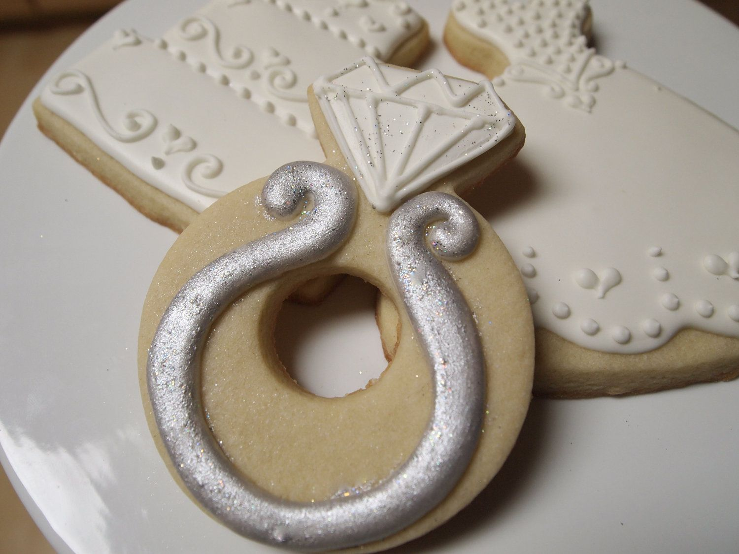 engagement ring cookie | Pretty Cookies | Pinterest | Google images ...