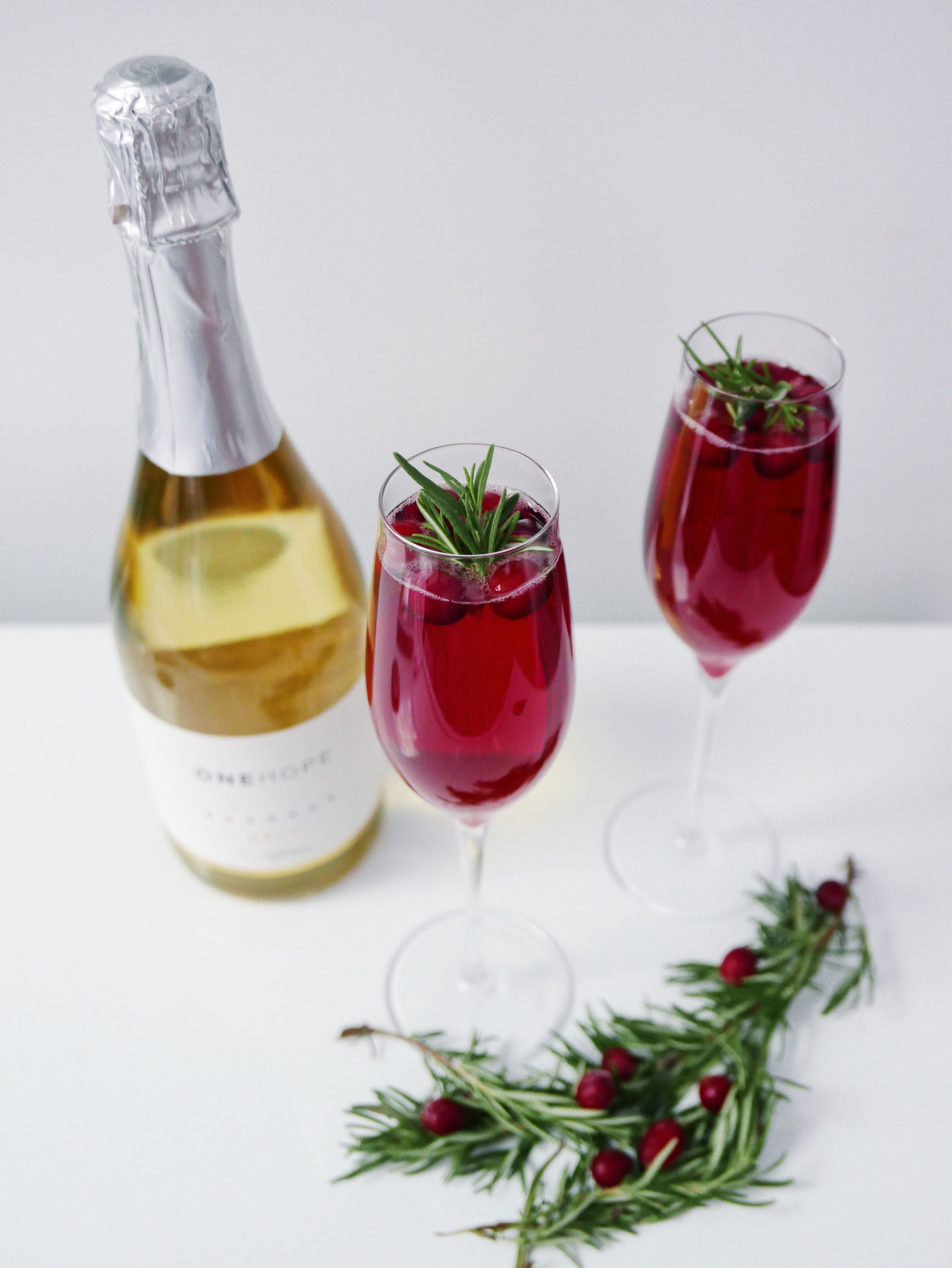 Mimosas Perfect For Holiday Parties Christmas Morning Or Brunch Christmas Morning Christmas Lunch Brunch