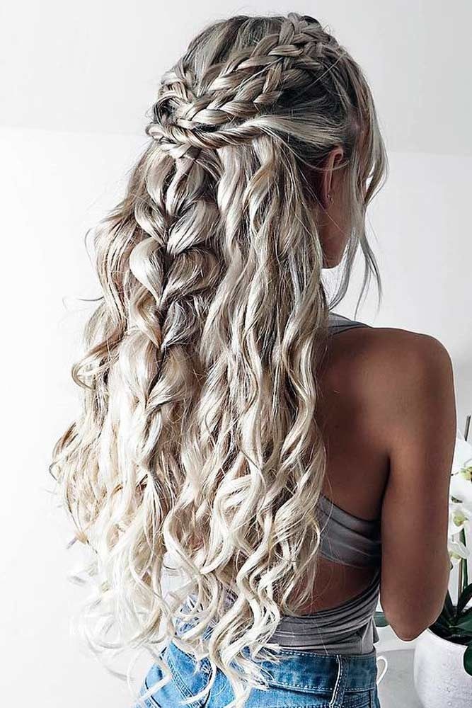 Pin By Eleni Koraki On Hairstyles In 2020 Valentine S Day Hairstyles Long Blonde Hair Chic Hairstyles