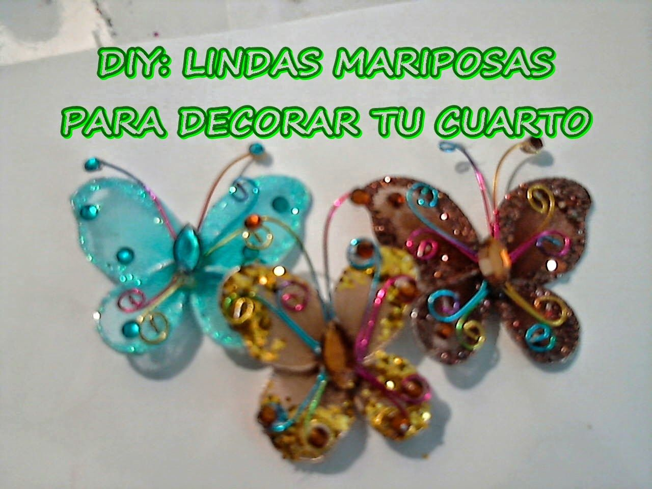 Diy mariposas hechas con alambre y medias nylon flowers for Manualidades para decorar tu cuarto