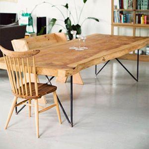 Tavolo da soggiorno in legno massello | Tavolo legno massello ...