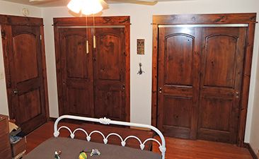 High Quality Alder Bifold Closet Doors   Building Cabinets Is A Multi Million Dollar  Industry. Homeowners Spend Hours Combing Through Mag