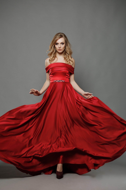 LONG RED EVENING SATIN DRESS