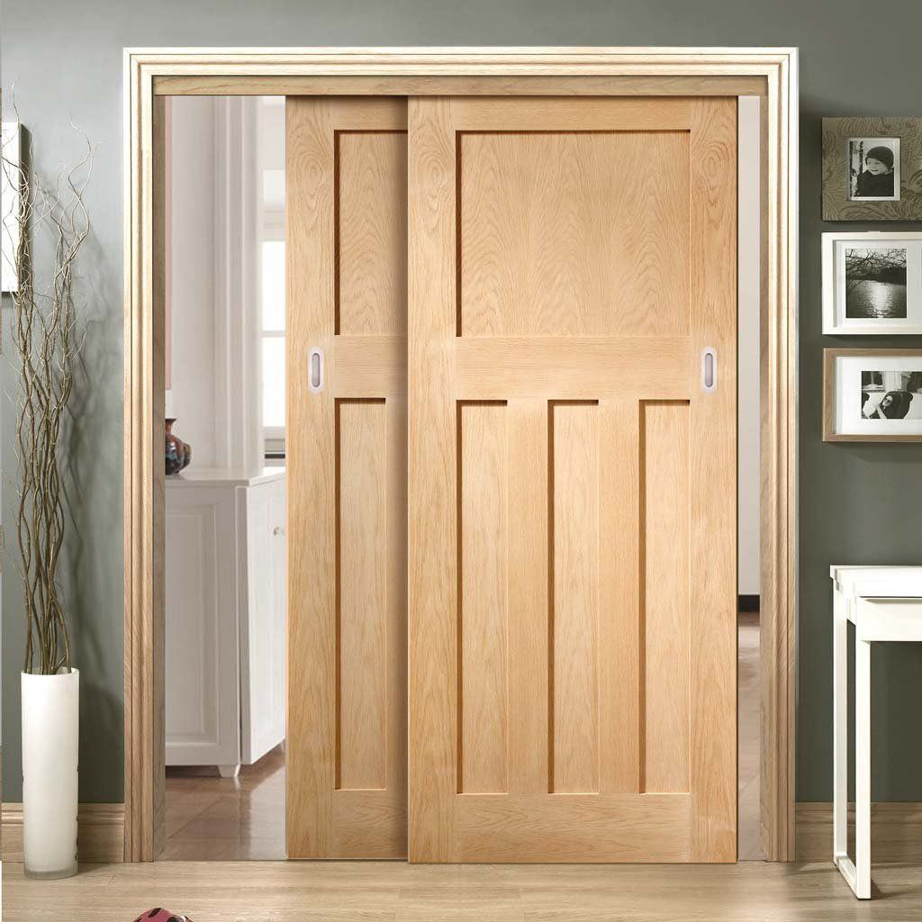 Thruslide Dx 1930 S Oak Panel 2 Sliding Doors And Frame Kit Prefinished Lifestyle Image Oakdoors Interiordoors Peri Oak Panels Sliding Doors Doors