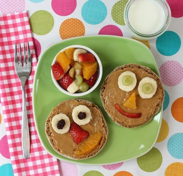 Peanut butter smiley faces make healthy foods fun for kids food forumfinder Gallery