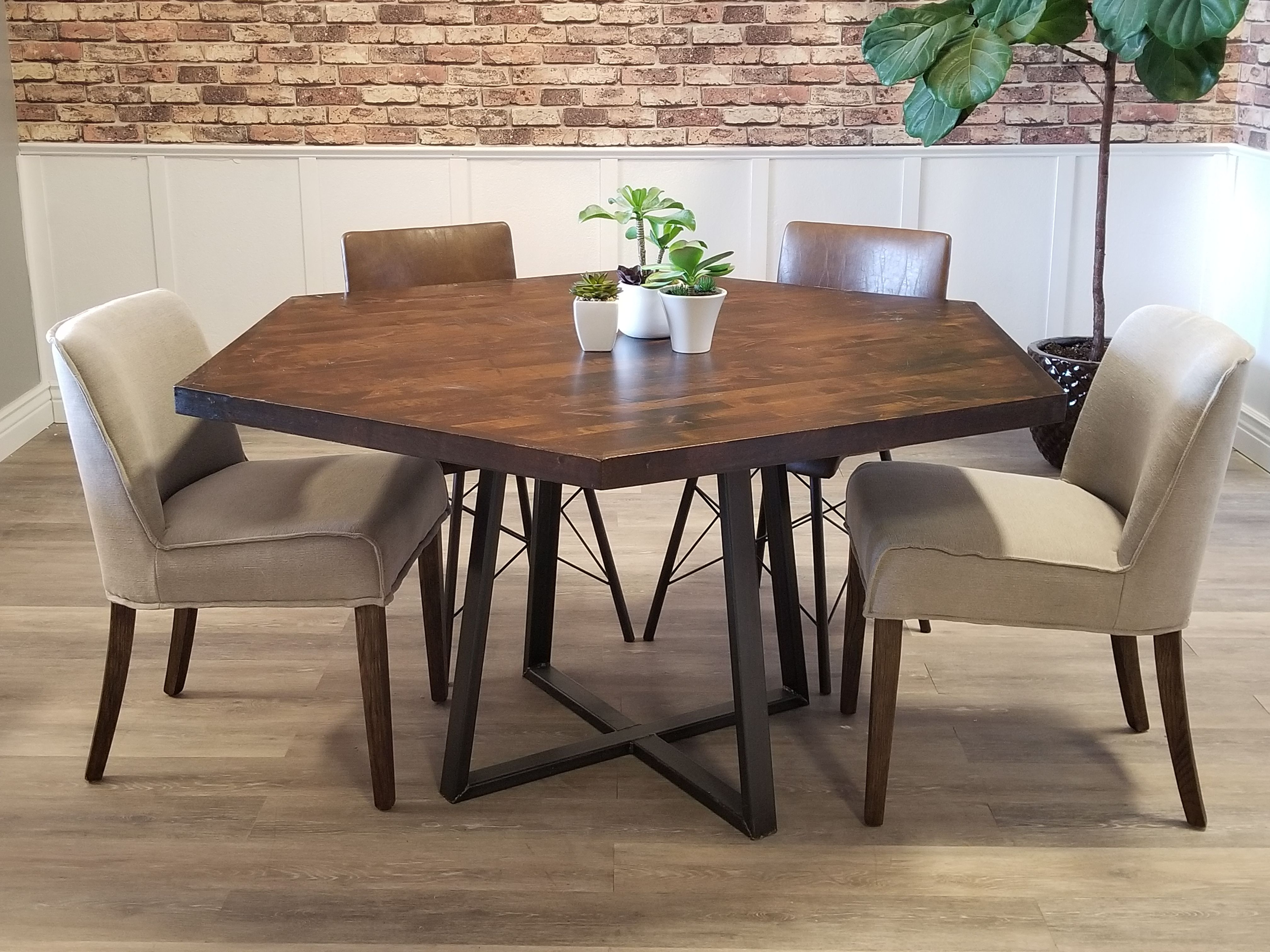 Hexagon Industrial Steel Pedestal Table Dining Table Hexagonal