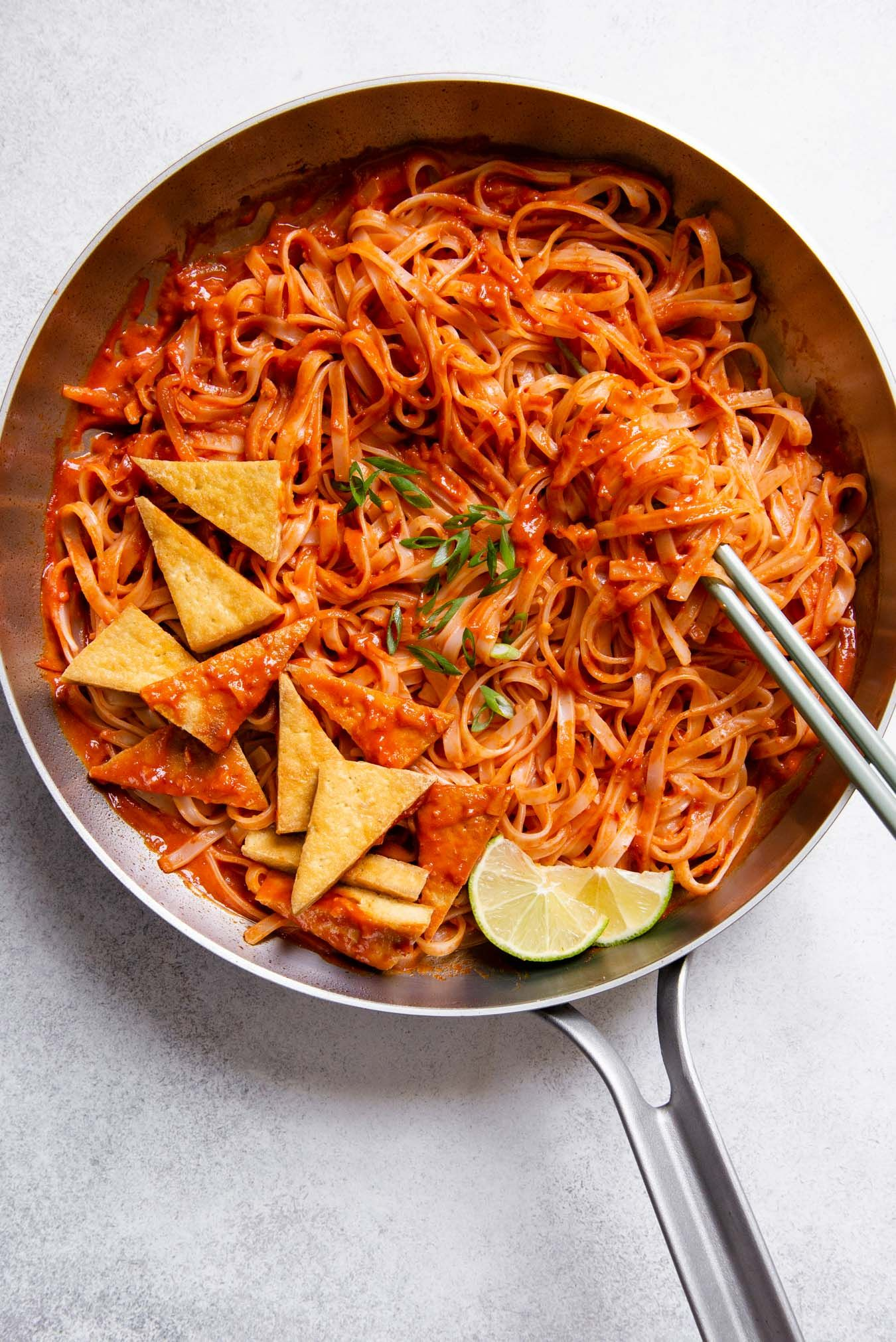 30 Minute Spicy Sambal Noodles With Pan Fried Tofu Recipe In 2020 Fried Tofu Pan Fried Tofu Spicy Noodles