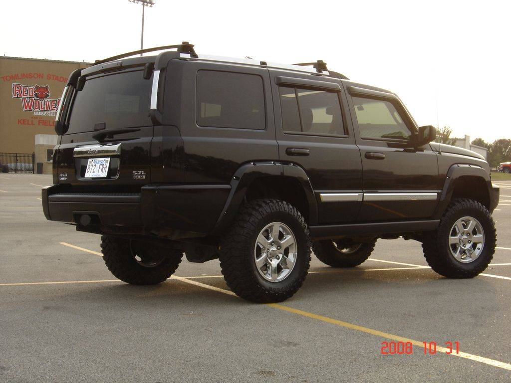 Jeep Commander Lifted 6in In Front And 4in In Back Jeep Commander Jeep Commander Lifted Jeep