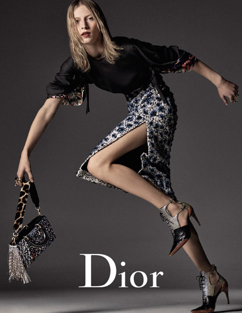 Julia Nobis Gets Moving for Dior s Fall 2016 Ads 5647512539c20