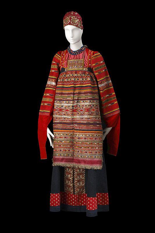 """le costume populaire russe"" Русский костюм XVIII-XIX вв. Московская губерния."