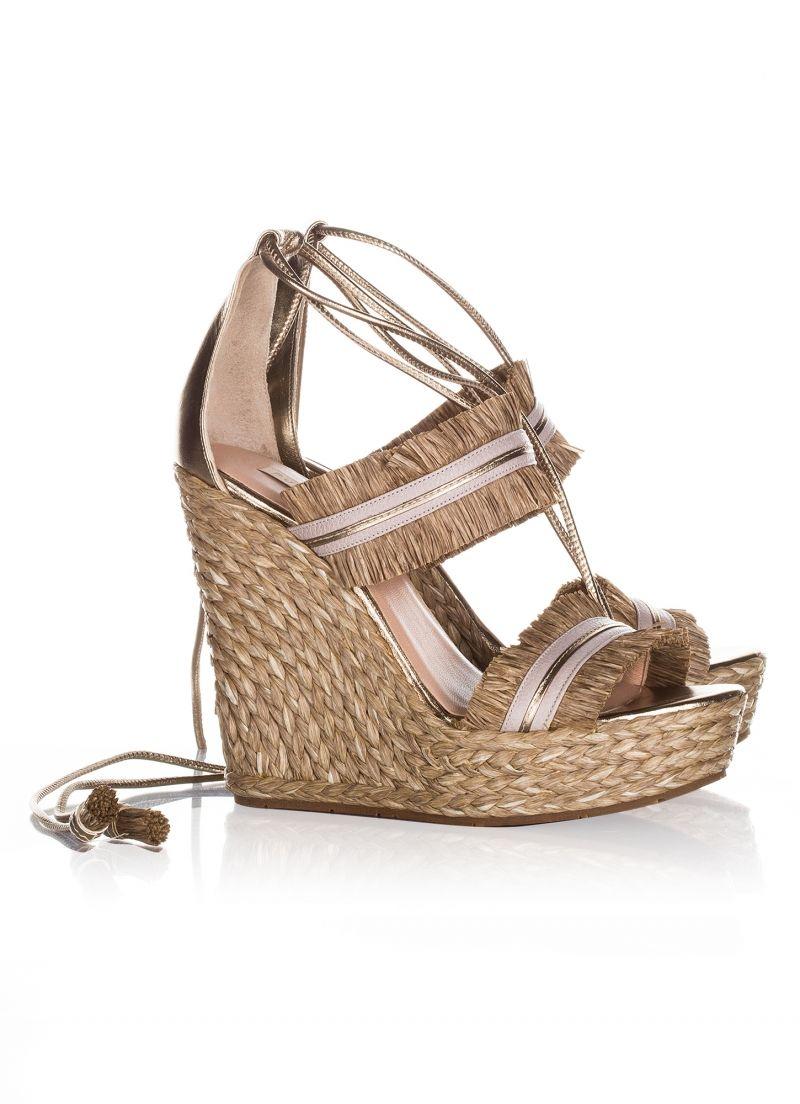 f5ba0928b Sandália Anabela Salto Alto SCHUTZ SADDLE | Wedges Shoes | Shutz sapatos,  Anabela, Saltos