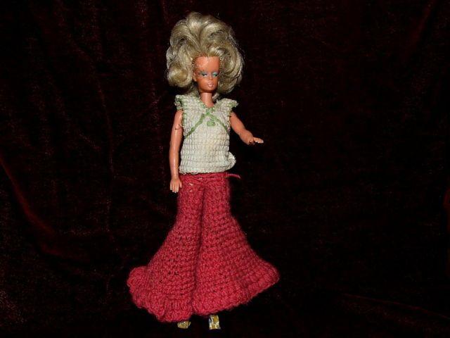 Vinetage DDR Barbie Steffi in typischen Sachen der 60/70er Jahre !!!!!!!!!!! 31.5+4 euro