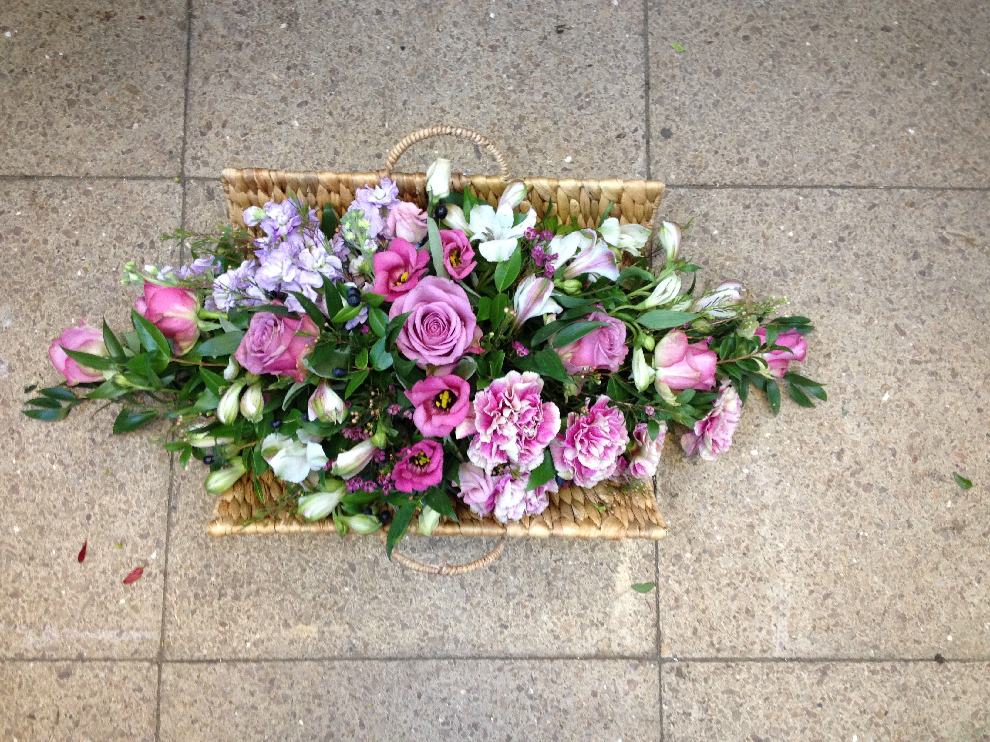 Basket Flower Decoration Luxury 25 Stem Gift Basket Flower Arrangement In Easy Care Oasis