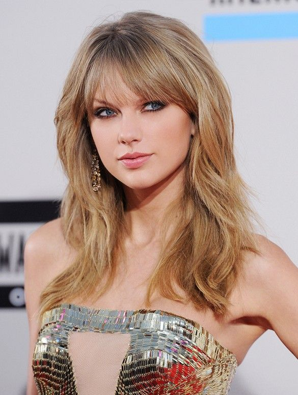 28 Stunning Dark Red Hair Colors We Re Tempted To Try Taylor Swift Haircut Taylor Swift Hair Long Hair Styles