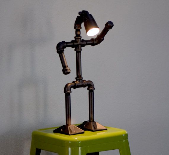upcycled lampe faite avec tuyau de plomberie par davesupcycledlamps bricolage pinterest. Black Bedroom Furniture Sets. Home Design Ideas