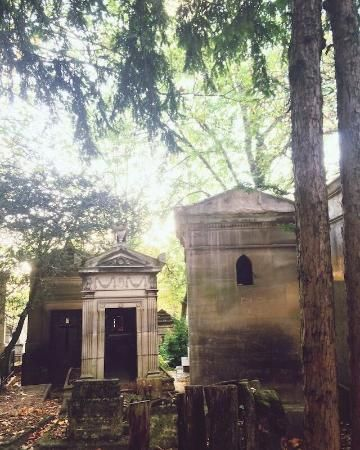 Friedhof Père-Lachaise (Cimetière du Père-Lachaise), Paris Fotos- Sehenswürdigkeit Aufnahmen - TripAdvisor