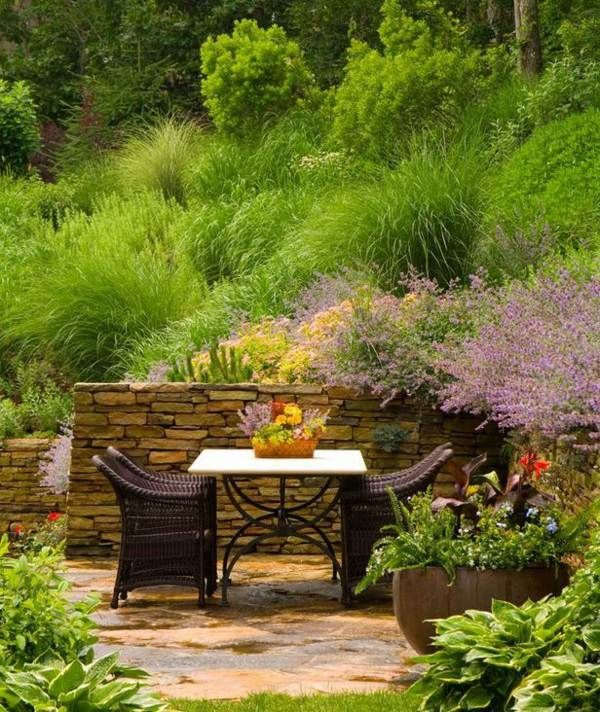 garten am hang sitzecke gem tliche patiom bel gestalten hilly ground garten diy garten und. Black Bedroom Furniture Sets. Home Design Ideas