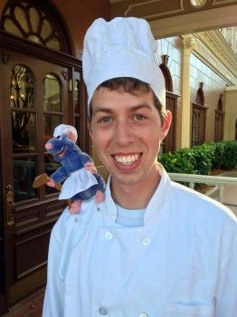 Alfredo Linguini With Remy From Ratatouille Disney Halloween Costumes Scary Halloween Party Boy Halloween Costumes