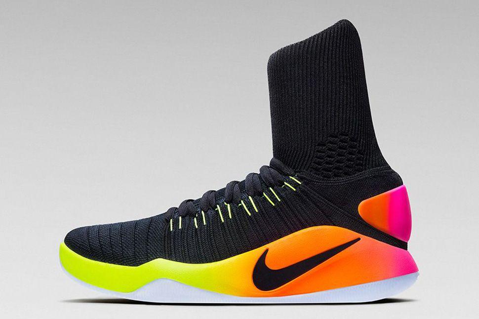 32c23c4c66d0 Nike Hyperdunk 2016 Flyknit