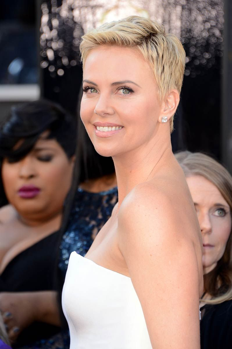 5 Ways To Cope With Growing Out A Bad Haircut Pixie Cut La