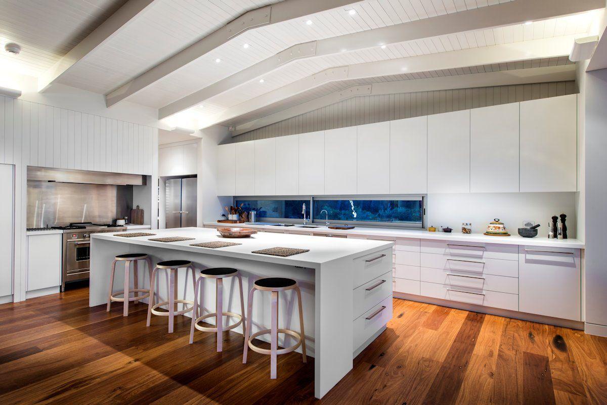 Lofty Australian Beach Home Dressed in Pacific Teak | Kitchen ...