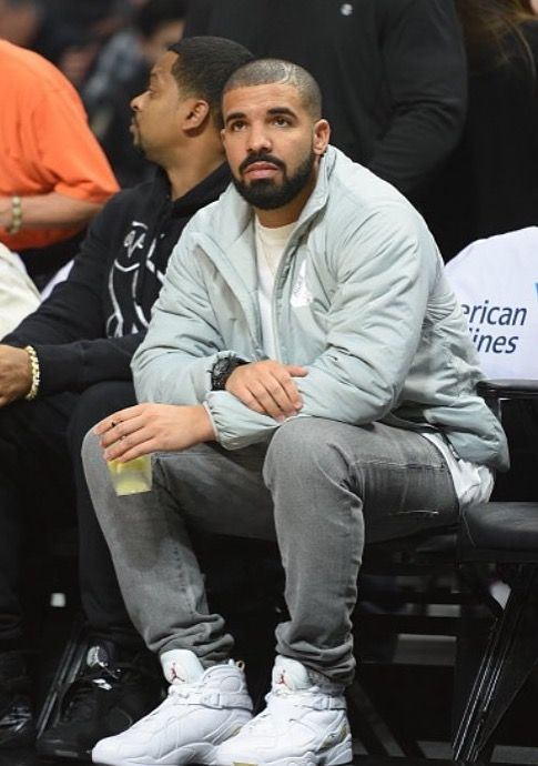 510ab2e2175257 Drake At Clippers Game Wears Palace Jacket And OVO x Air Jordan Sneakers