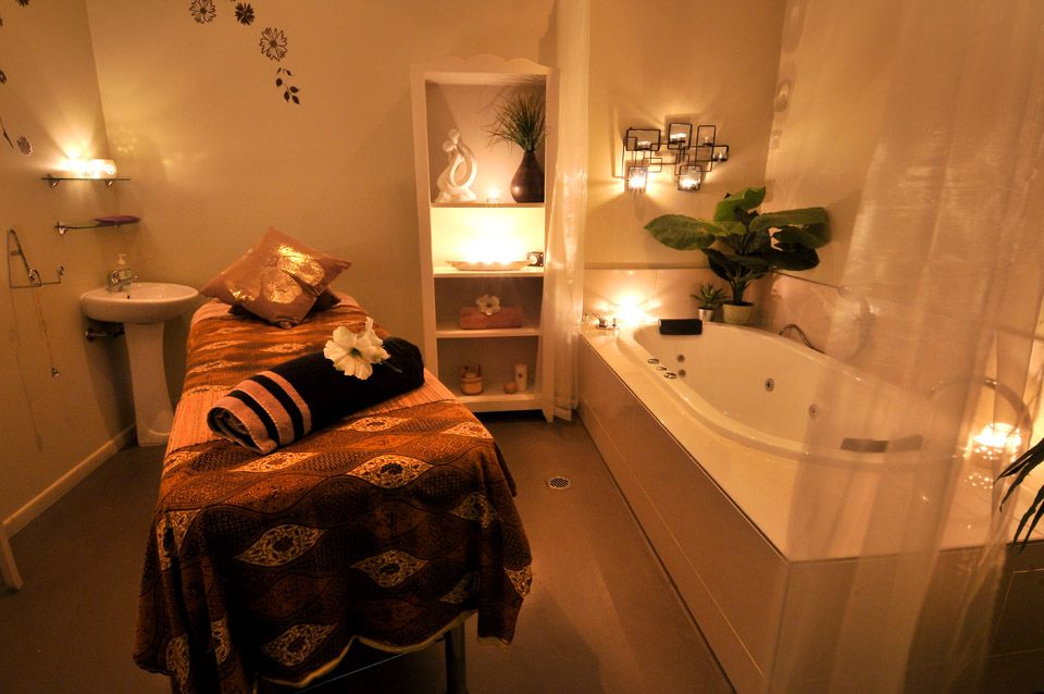 I want a treatment room like this someday!