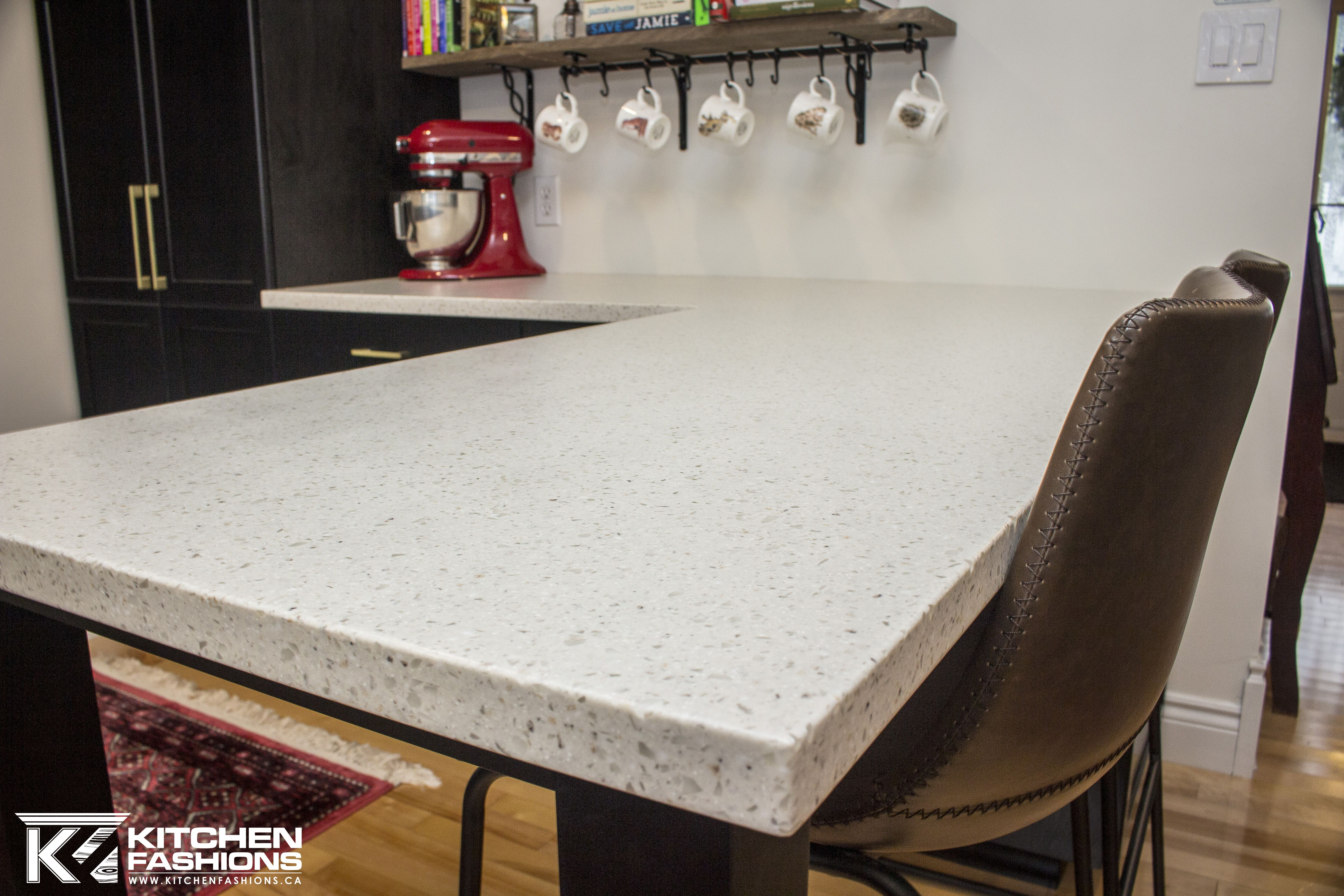 White Acrylic Solid Surface Countertop In Moon Crystal From Avonite