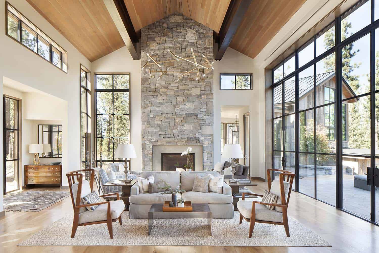 Stunning mountain home in Lake Tahoe evokes contemporary barn feeling