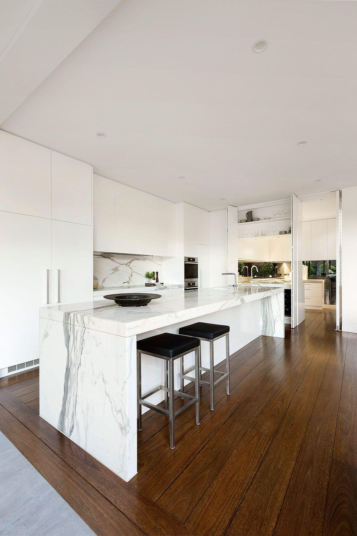 Casa en australia por lsa architects cocinas cocinas for Arquitectura de interiores a distancia