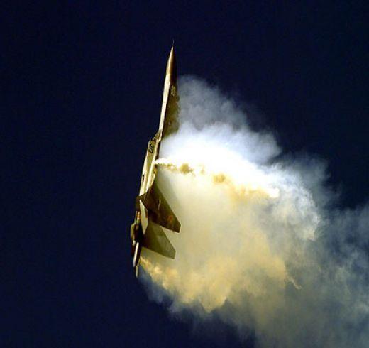 Pugachev's maneuver performed using thrust vectoring system.