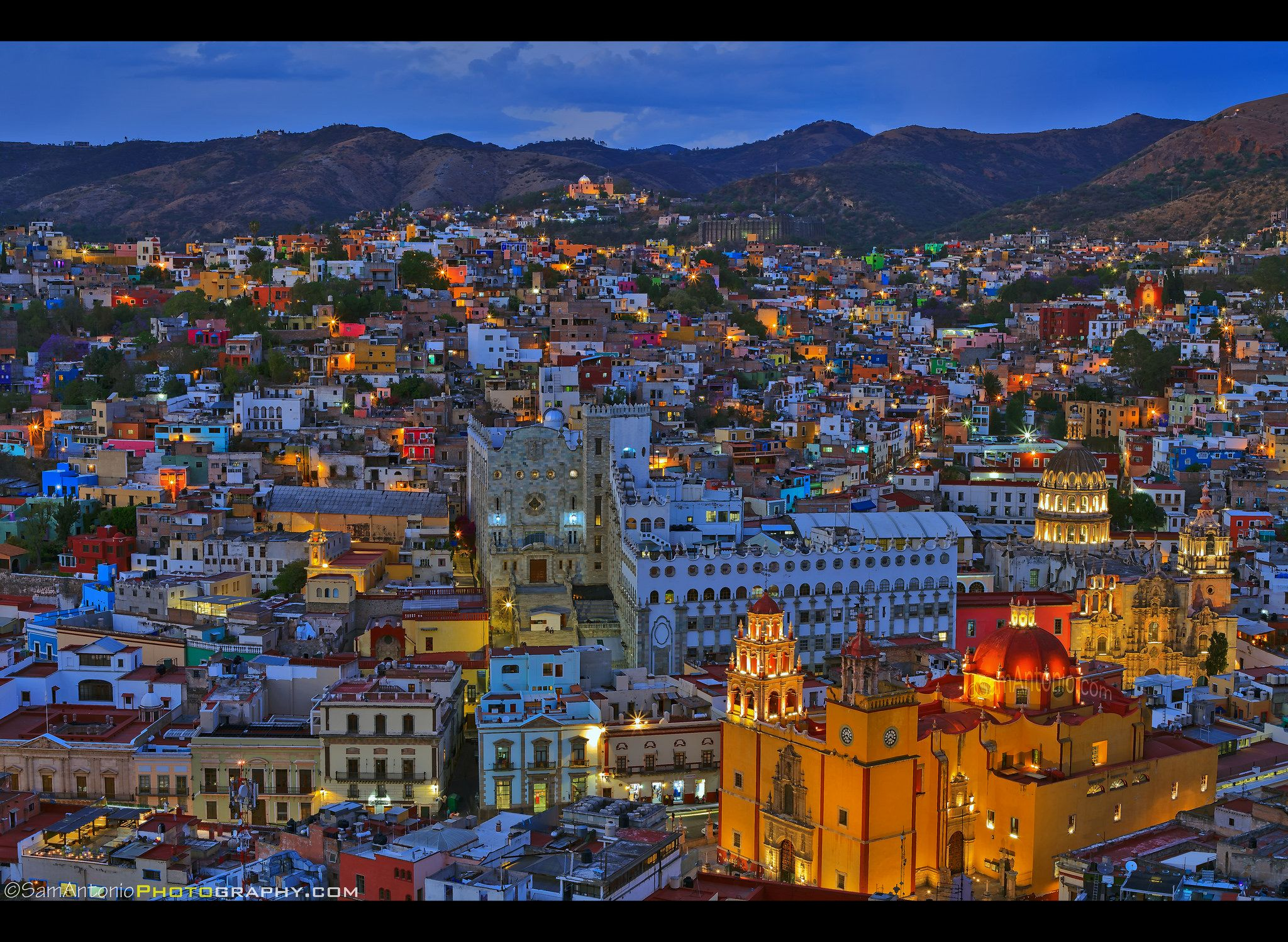 Falling In Love With Guanajuato It S Easy Mexico Travel Guanajuato Guanajuato Mexico