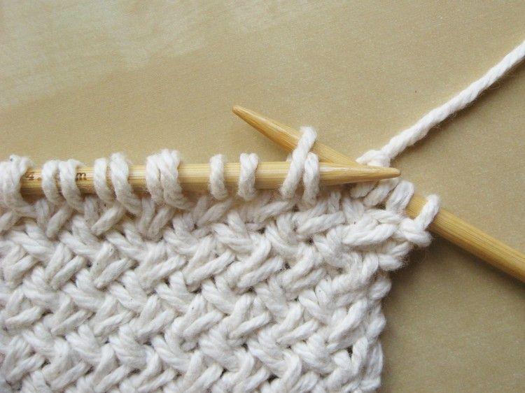 Diagonal Basketweave Knitting Pattern | Dos agujas, Puntadas y Tejido