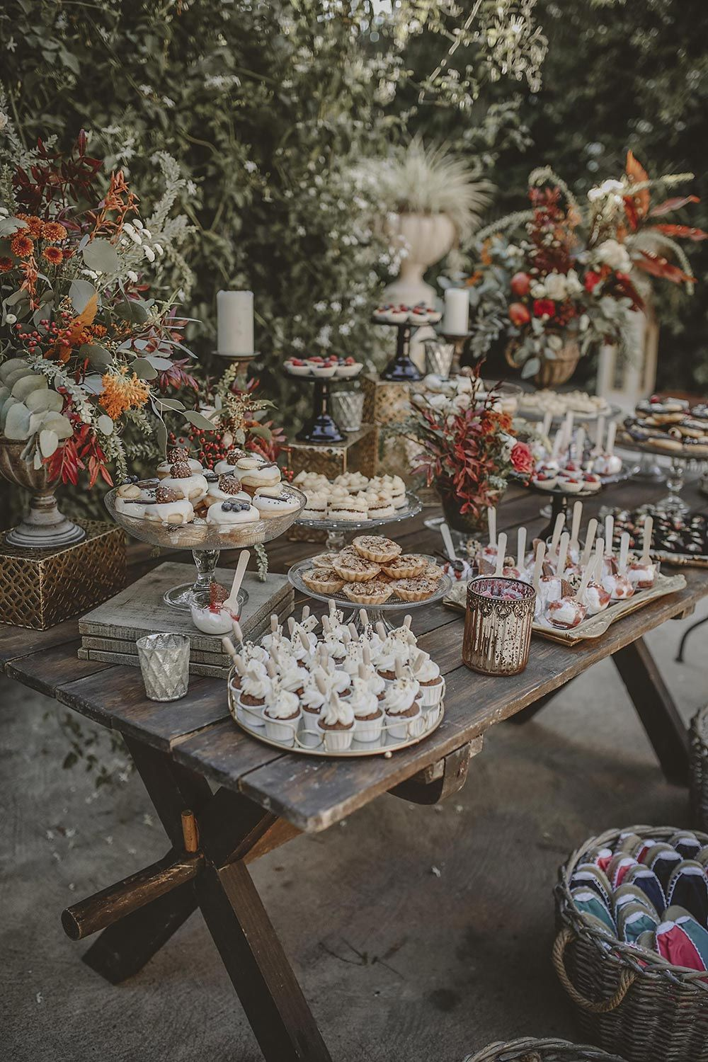 Photo of Free-spirited Costa Blanca Wedding with a Doughnut Display To Steal Your Heart ⋆ Ruffled
