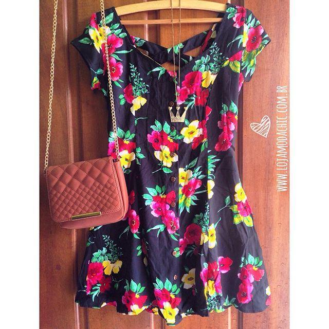 Look pro Natal, quem gostou? ❤️ Vestido Romantic | R$ 99,90 | Disponível em 2 estampas  Vem se apaixonar: www.lojamodachic.com.br