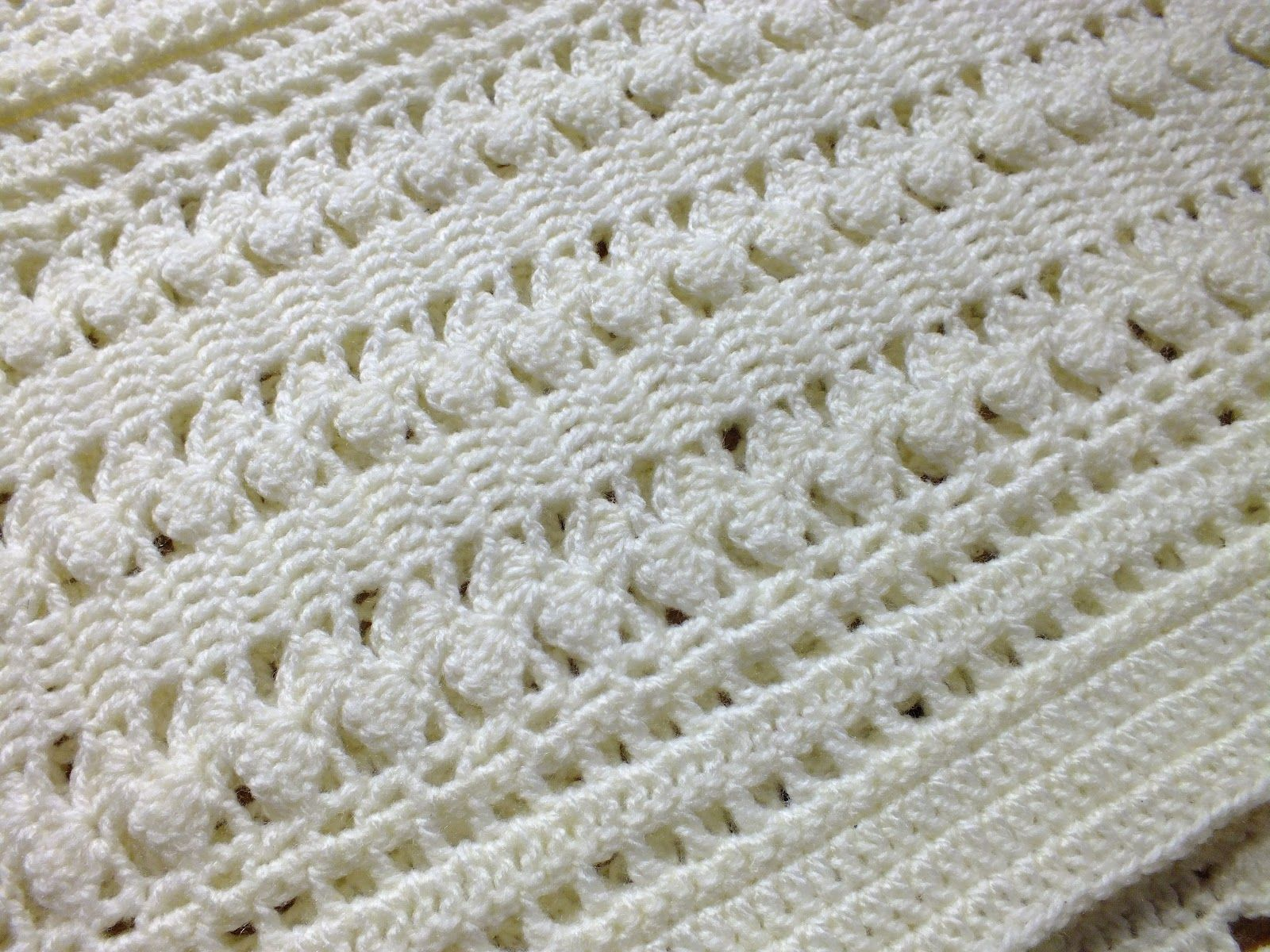 Hanjancrafts: Gentle Zigzag Baby Blanket: Shell Instructions