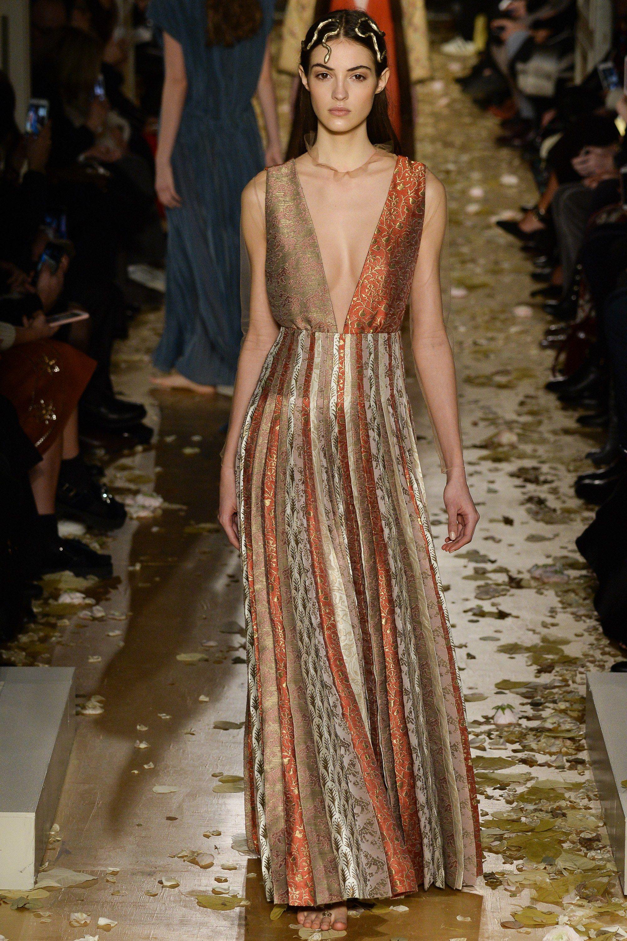 Valentino Spring 2016 Couture Fashion Show - Camille Hurel