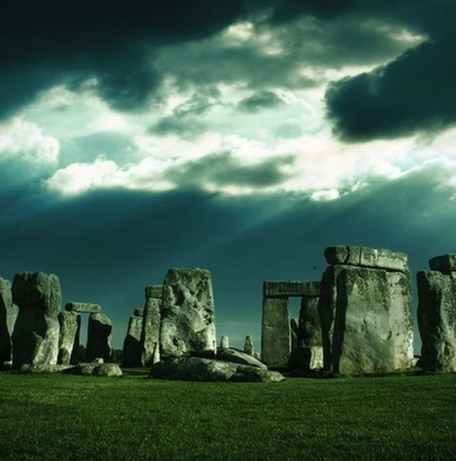 Mysterious Places Stonehenge: Dreaming Of Far Away Adventures...and Those