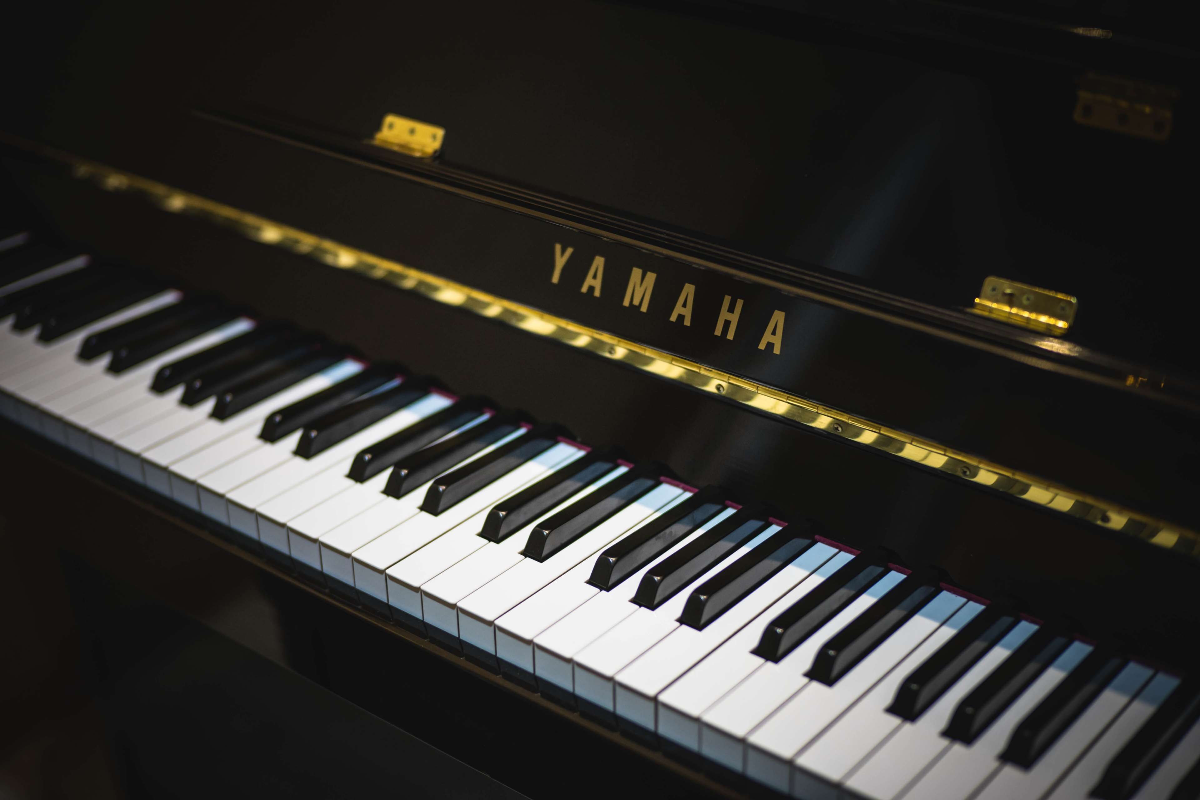 Music Keyboard Wallpaper 4k